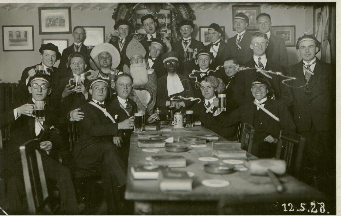 Fuchstaufe am 12. Mai 1928